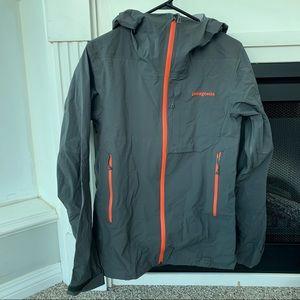 Patagonia Men's Refugitive Goretex Rain Jacket